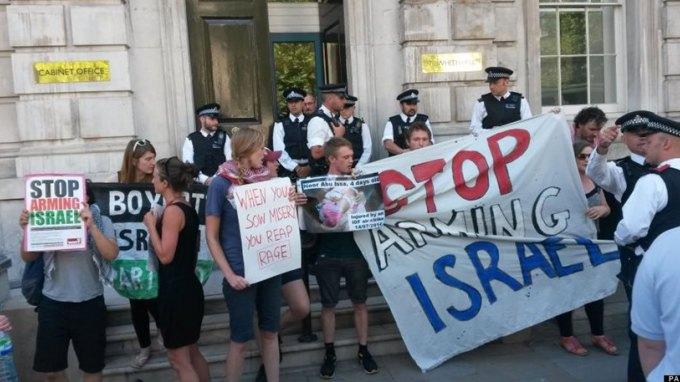 Λονδίνο: Χιλιάδες διαδήλωσαν κατά των βομβαρδισμών στη Γάζα
