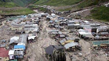Φόβοι για εκατόμβη στην Ινδία αφού κατολίσθηση «έσβησε» χωριό