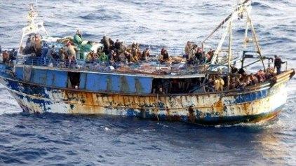 Τραγωδία με 150 πρόσφυγες ανοιχτά της Λιβύης