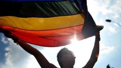 Πανηγυρίζουν οι ομοφυλόφιλοι στην Ουγκάντα