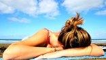 Ακτίνες UVA και UVB: Τι κάνει το κάθε είδος στο δέρμα σας