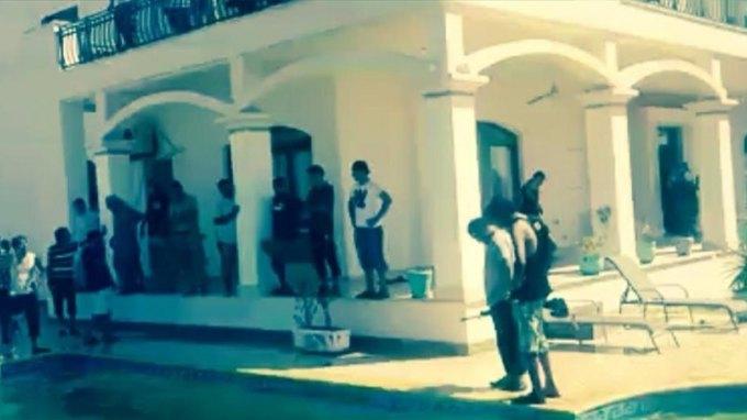 Λιβύη: Ισλαμιστές κατέλαβαν την αμερικανική πρεσβεία στην Τρίπολη