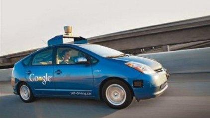 Και τα αυτοκίνητα της Google ... τρέχουν!