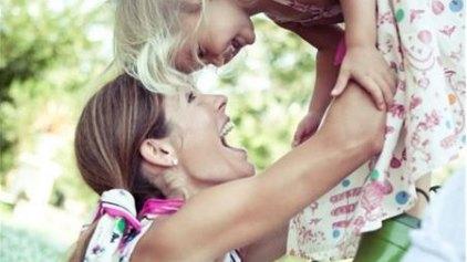 15 (διακριτικοί) τρόποι για να ρωτήσεις το παιδί σου «τι έγινε σήμερα στο σχολείο»