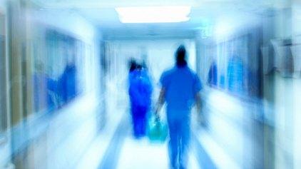 Σε καραντίνα ασθενής που ενδέχεται να έχει προσβληθεί από τον Έμπολα