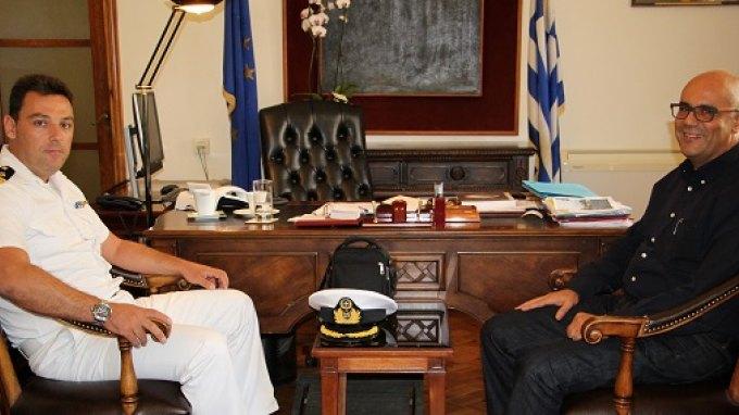 Δήμαρχος και Λιμενάρχης συζήτησαν για το Ενετικό Λιμάνι