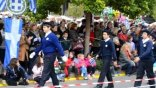 Η παρέλαση, το...μουσικό χαλάκι και οι φανατικοί του ΣΥΡΙΖΑ!