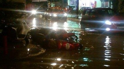 Καταγράφουν τις ζημιές από την πλημμύρα
