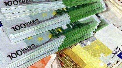Μειωμένα τα επιτόκια δανείων το Σεπτέμβριο
