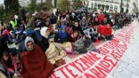 Συγκέντρωση αλληλεγγύης για τους Σύρους πρόσφυγες που ζουν στο Σύνταγμα