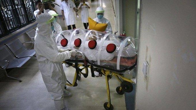 Ο Έμπολα έχει σκοτώσει σχεδόν 7.000 ανθρώπους