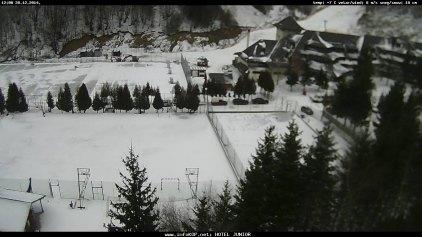 """Η Σερβία στα """"άσπρα"""" και οι Έλληνες στα χιονοδρομικά κέντρα"""