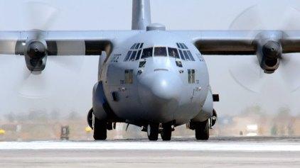Με C-130 στην Αθήνα από νησί παιδί με σοβαρό πρόβλημα υγείας