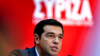 Τσίπρας: «Χρονιά ανατροπής και αξιοπρέπειας του 2015»