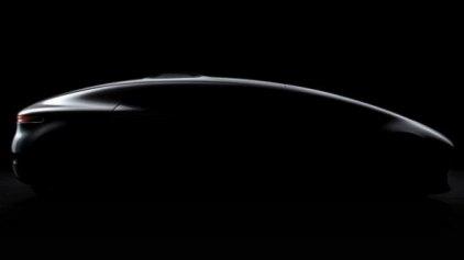Φουτουριστικό πρωτότυπο με υψηλή τεχνολογία από τη Mercedes-Benz