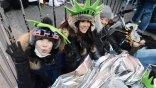 Ταξίδεψαν 30 ώρες από την Ιαπωνία για να προλάβουν την πρωτοχρονιά στη Νέα Υόρκη
