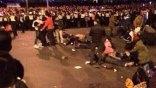 Τραγωδία: 35 άνθρωποι ποδοπατήθηκαν μέχρι θανάτου στην αλλαγή του χρόνου