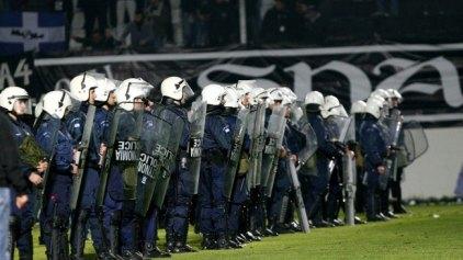 Έφοδος αστυνομίας σε συνδέσμους του ΟΦΗ