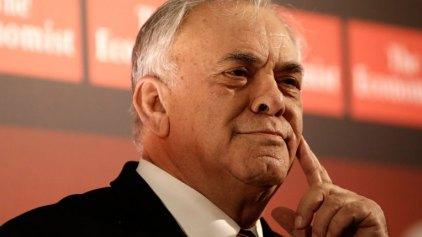 Μέχρι και ο ... Δραγασάκης πιέζει για ακύρωση του δημοψηφίσματος!