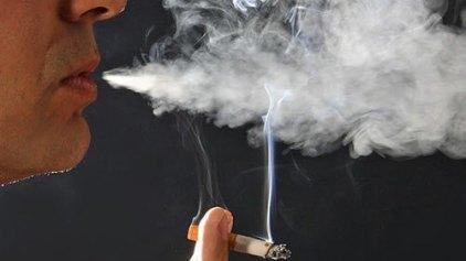 Δύο στους τρεις Αυστραλούς πεθαίνουν από το κάπνισμα