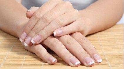 Γιατί σπάνε τα νύχια: Οι βασικές αιτίες