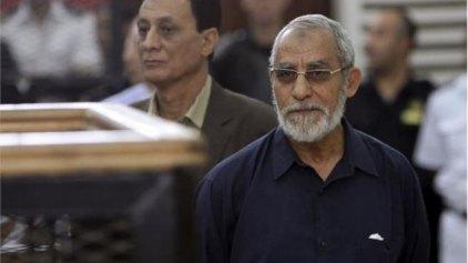 Νέα καταδίκη σε ισόβια για τον ηγέτη των Αδελφών Μουσουλμάνων
