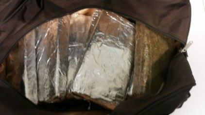 Συνελήφθη στο «Ελ. Βενιζέλος» με 6 κιλά κάνναβης