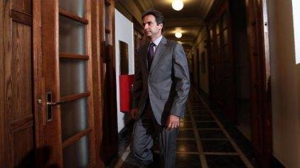Ο Μητσοτάκης αφήνει ανοικτό το ενδεχόμενο να διεκδικήσει την ηγεσία της ΝΔ