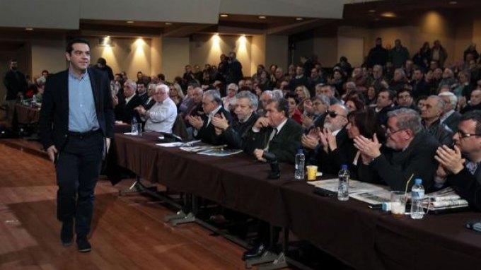 Υψηλοί τόνοι στην ΚΕ του ΣΥΡΙΖΑ-Βολές για τη συμφωνία
