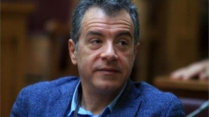 Θεοδωράκης: «Η κυβέρνηση βάζει λάθος προτεραιότητες»