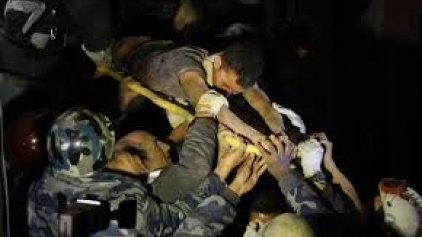 Ληστεύουν μέχρι και τα ερείπια στο Νεπάλ