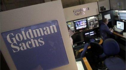 Goldman Sachs: Στα 6 δισ. ευρώ οι εκροές καταθέσεων από τις ελληνικές τράπεζες τον Απρίλιο