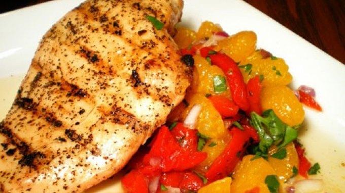 Τρόφιμα που προστατεύουν από τα έξτρα κιλά της μεσήλικης ζωής