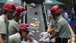 Κίνα: Συμβολική κίνηση καταστροφής ελεφαντόδοντου