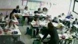 Κάμερα «έπιασε» δασκάλα να κακοποιεί τους μαθητές της