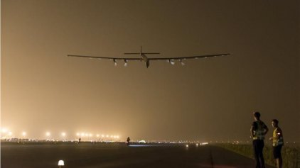 Αναγκαστική στάση έκανε το Solar Impulse 2