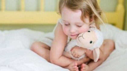 Οι συχνοί λόγοι που μπορούν να χαλάσουν τον ύπνο ενός παιδιού