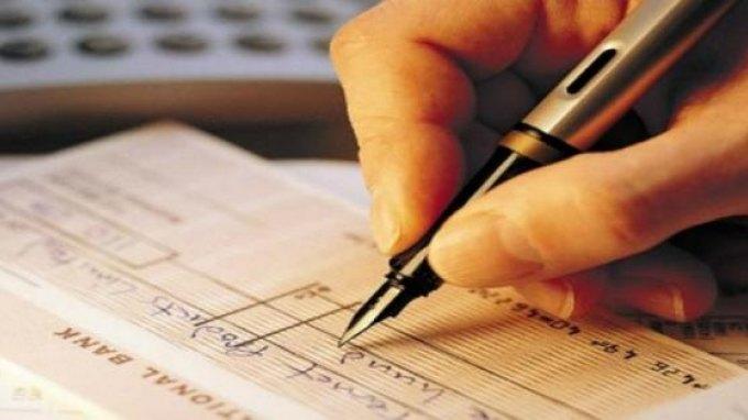 Εντός των ημερών η ρύθμιση για τις επιταγές