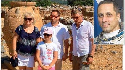 """Τρελαμένος με την Κρήτη ο κοσμοναύτης - Έγινε """"κολλητός"""" με τους ντόπιους και διαφημίζει το νησί"""