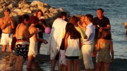 Μια ξεχωριστή βάπτιση, στη θάλασσα!