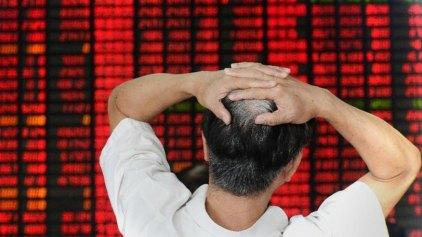 Κίνα: Δημοσιογράφος ομολόγησε ότι εκείνος προκάλεσε το χάος στα χρηματιστήρια