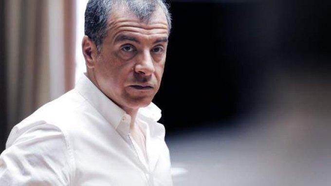 Θεοδωράκης στη Le Monde: Μας κόστισαν ακριβά τα ιδιαίτερα μαθήματα του Τσίπρα στην Ευρώπη