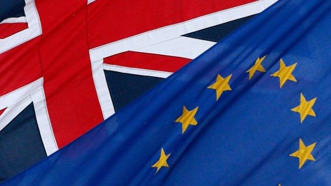 Αγγλία: Συζητούν από τώρα το ερώτημα του δημοψηφίσματος για Brexit