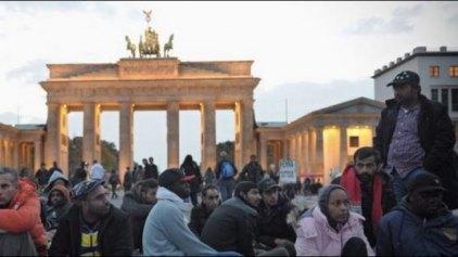 Σκληραίνει τη στάση του το Βερολίνο απέναντι στους οικονομικούς μετανάστες