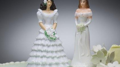 Καταδίκη Δημάρχου που αρνήθηκε να παντρέψει δύο γυναίκες