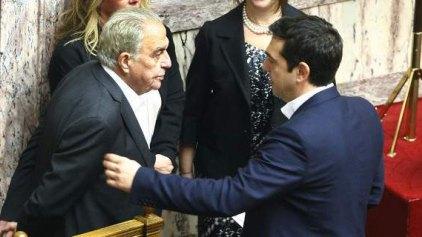 «Ατελής φορολογική δήλωση» και κυβέρνηση όλων των Ελλήνων