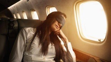 Άλειψε με λοσιόν και κακοποίησε σεξουαλικά κοιμισμένη γυναίκα εν ώρα πτήσης