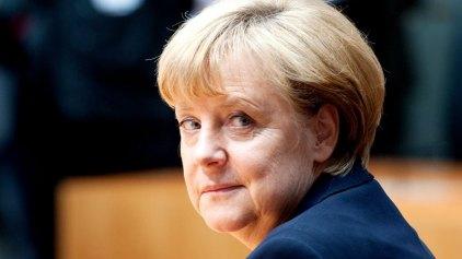 Μηνύσεις για «εσχάτη προδοσία» εναντίον της Μέρκελ από 400 πολίτες