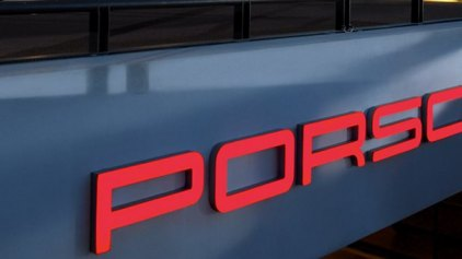 Η Porsche ανακαλεί για προληπτικούς λόγους 60.000 οχήματά της