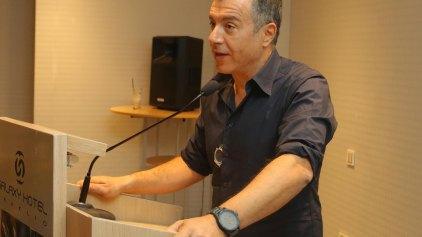 """Θεοδωράκης: """"Έπρεπε να είχα απαντήσει στις επιθέσεις για τον Μπόμπολα"""""""